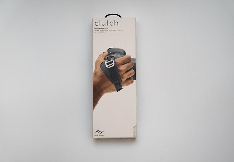 ピークデザインのクラッチのパッケージ